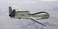 Американский тяжелый беспилотник RQ-4B-30 Global Hawk - SkNews.Ru